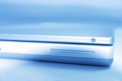 Computer portatile blu Fotografia Stock Libera da Diritti