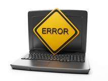 Computer portatile con un primo piano di errore del segno su bianco Fotografia Stock Libera da Diritti