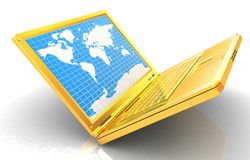 Computer portatile dell'oro con la mappa di mondo sullo schermo Immagini Stock Libere da Diritti