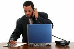 Computer portatile dell'uomo di affari, telefono, note Fotografie Stock Libere da Diritti