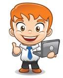 Computer portatile della tenuta della mascotte dell'uomo d'affari Immagine Stock Libera da Diritti