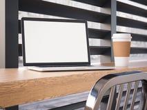Computer portatile moderno su uno scrittorio della barra rappresentazione 3d Immagini Stock