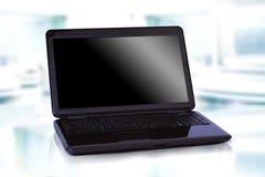 Computer portatile nero sottile immagini stock