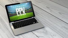 computer portatile pay per view sopra la compressa di legno Fotografia Stock Libera da Diritti