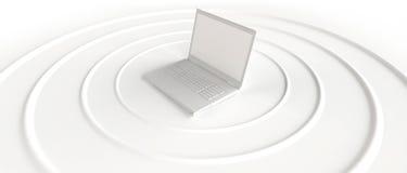 Computer portatile senza fili che trasmette il segnale del WI-FI Fotografie Stock Libere da Diritti