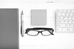 Computer and sticky note black and white color style Royalty Free Stock Photography