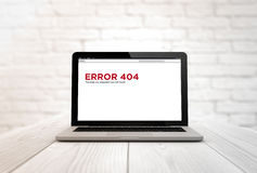 Computer on a table error 404 Royalty Free Stock Image