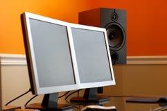 Computer und Lautsprecher Lizenzfreies Stockfoto