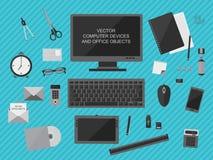 Computerapparaten en bureauvoorwerpen Royalty-vrije Stock Afbeeldingen