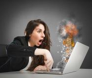 Computerarbeitsüberlastung lizenzfreies stockbild
