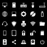 Computerikonen auf schwarzem Hintergrund Stockfotografie
