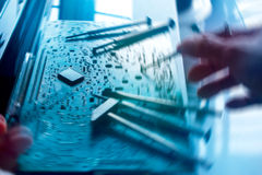 Computerreparatie, het concept van het rotatieonduidelijke beeld Royalty-vrije Stock Fotografie