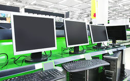 Computers in supermarket Royalty Free Stock Photos