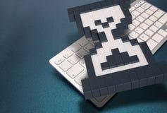 Computertastatur auf blauem Hintergrund Computerzeichen Wiedergabe 3d Abbildung 3D Stockfoto