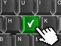 Computertoetsenbord met overeenkomstensleutel Stock Foto's