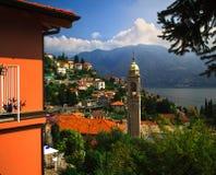 Comuna de Como del lago, Italia Foto de archivo libre de regalías