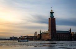 Comune di Stoccolma nell'inverno fotografia stock libera da diritti