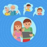 Comunicações sociais dos meios do estilo liso da ilustração do vetor da família Os pais dos pares da mulher do homem fazem a cham ilustração royalty free
