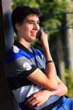 Comunicación adolescente del muchacho Imágenes de archivo libres de regalías