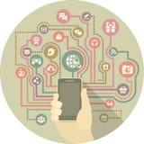 Comunicación moderna en medios sociales por un smartphone Imagen de archivo