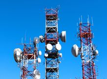 Comunicazione del ripetitore dell'antenna Fotografie Stock