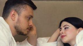 Comunicazione intima dell'offerta di relazione di amore archivi video