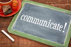 Comunichi il consiglio o il ricordo - segno della lavagna immagini stock libere da diritti