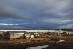 Comunidad ártica canadiense Foto de archivo