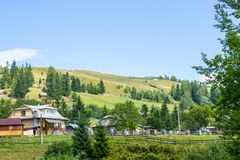 Comunità rurale in montagne fotografie stock libere da diritti