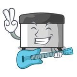 Con el raspador de los pasteles de la guitarra en la tabla de madera de la mascota libre illustration
