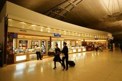 Con franquicia en el aeropuerto de Suvarnabhumi imágenes de archivo libres de regalías