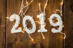 2019 con las luces de la Navidad Imagenes de archivo