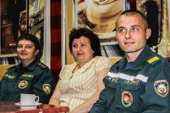 Conceder a los mejores empleados del ministerio de las emergencias de Bielorrusia en la región de Gomel Imagen de archivo