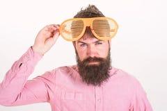 Conceito acessório dos óculos de sol da proteção ocular Atributo do partido dos óculos de sol e acessório à moda Obturador do des fotografia de stock royalty free