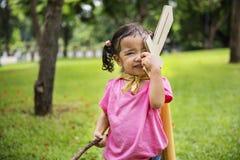 Conceito bonito adorável elementar novo da criança da criança da menina fotos de stock