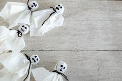 Conceito branco de Ghost no revestimento de madeira branco imagens de stock royalty free