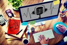Conceito clássico do microfone da frequência sadia da música Fotografia de Stock Royalty Free