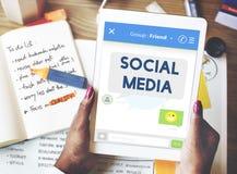 Conceito conectado dos meios estada social imagens de stock royalty free