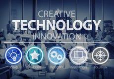 Conceito criativo de Digitas dos meios da inovação da tecnologia foto de stock