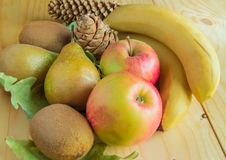 Conceito da ação de graças e do outono com frutos sazonais Foto de Stock
