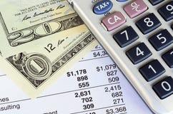 Conceito da análise financeira, cartas do mercado de valores de ação Imagens de Stock