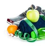 Conceito da aptidão Close-up do conceito da perda de peso em um fundo branco foto de stock