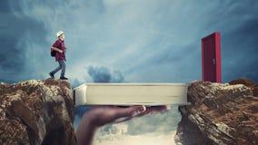 Conceito da bolsa de estudos O conceito da bolsa de estudos e da oportunidade fotos de stock royalty free