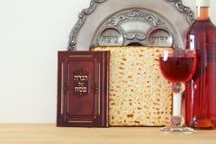 Conceito da celebração de Pesah & x28; holiday& judaico x29 da páscoa judaica; fotografia de stock
