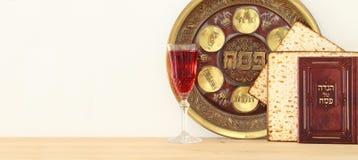 Conceito da celebração de Pesah & x28; holiday& judaico x29 da páscoa judaica; foto de stock royalty free