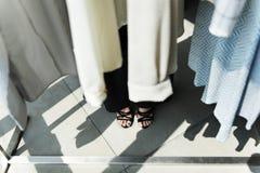 Conceito da cremalheira da roupa do projeto da forma Foto de Stock