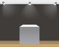 Conceito da exposição, caixa vazia branca, suporte com iluminação em Gray Background Molde para seu índice vetor 3d Fotografia de Stock