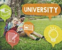 Conceito da faculdade da educação da pesquisa da universidade imagem de stock royalty free