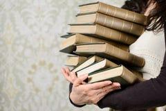 Livros velhos que lêem o conceito Fotos de Stock Royalty Free