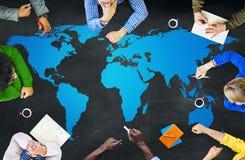 Conceito da globalização da conexão do mapa do mundo da cartografia Imagem de Stock Royalty Free